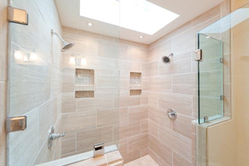 i - Luxury Tile Showers
