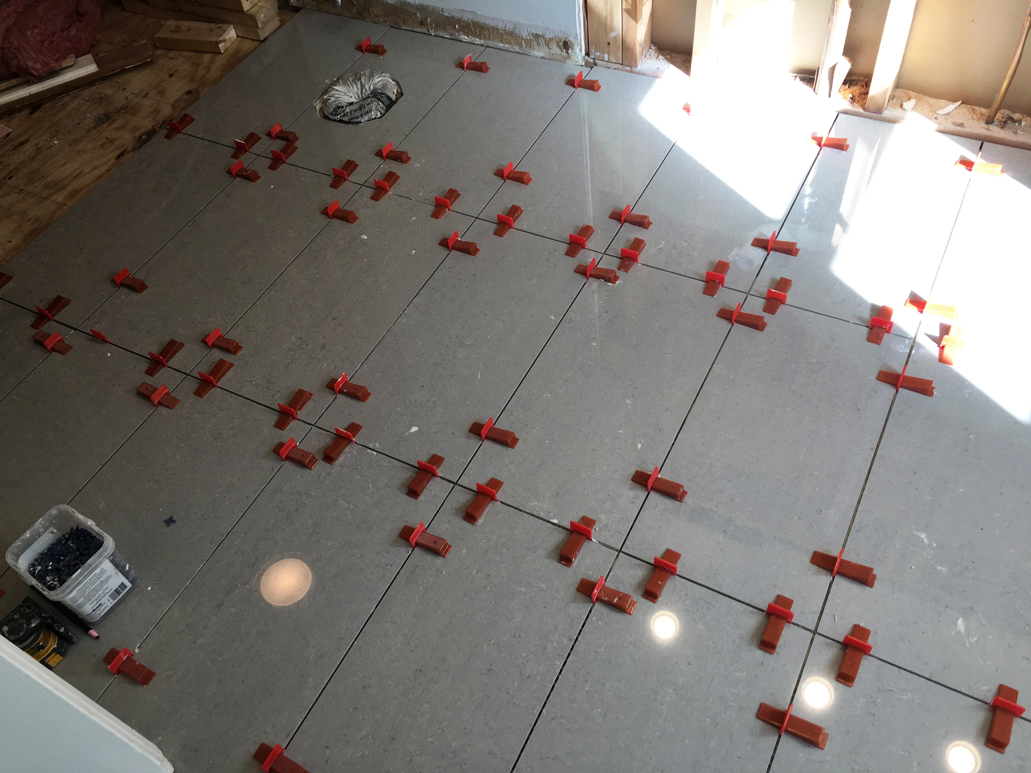 Raimondileveling01 Raimondi Leveling System For Installing Large Tiles